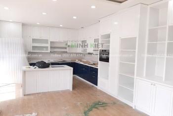 Tủ bếp đẹp sang trọng nhà chị Như CT053